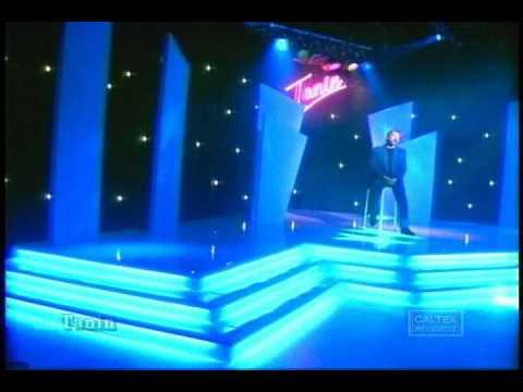 Ebi - Ki Ashkhatoo Pakmikoneh & Martik - Geryeh (PERSIAN LOVE SONGS)