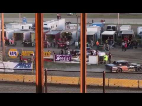 7W Purestock Feature 6-3-17 Viking Speedway Part 6