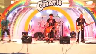 Dindapobia - Satria Indonesia (Campina Concerto #MyMusicMyDanceSurabaya 2012) Thumbnail