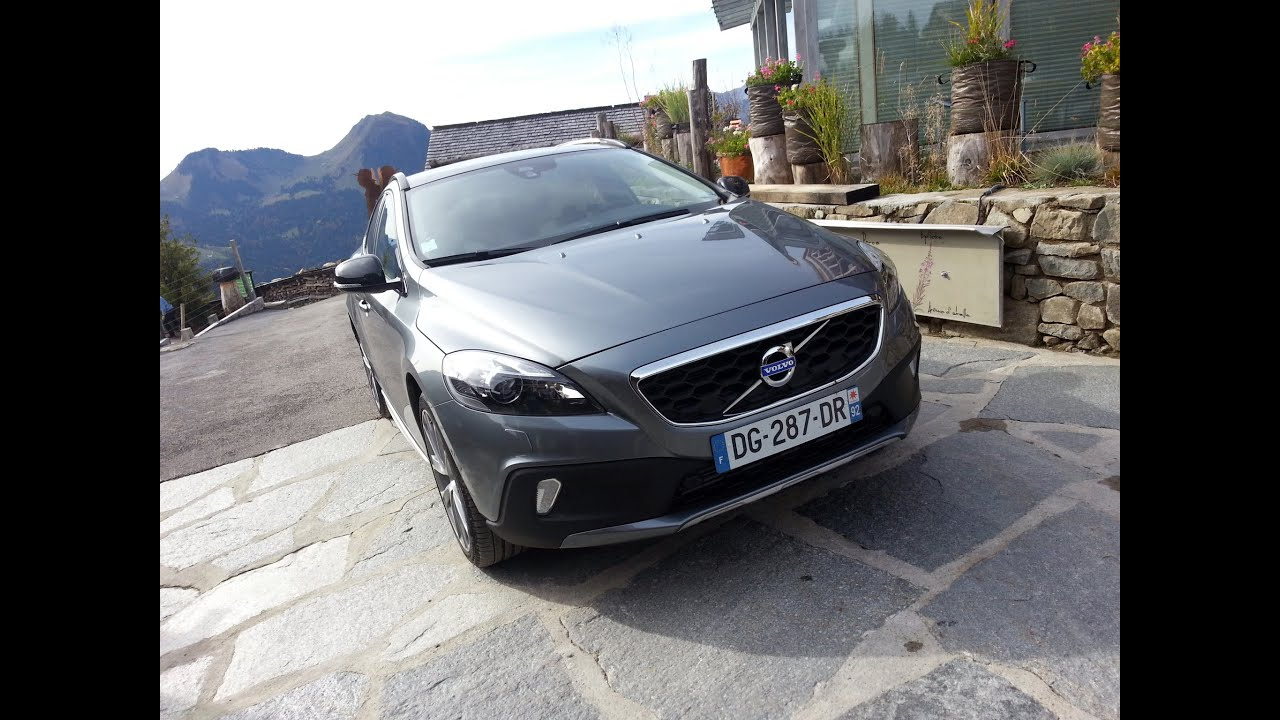 essai volvo v40 cross country 2015 youtube. Black Bedroom Furniture Sets. Home Design Ideas