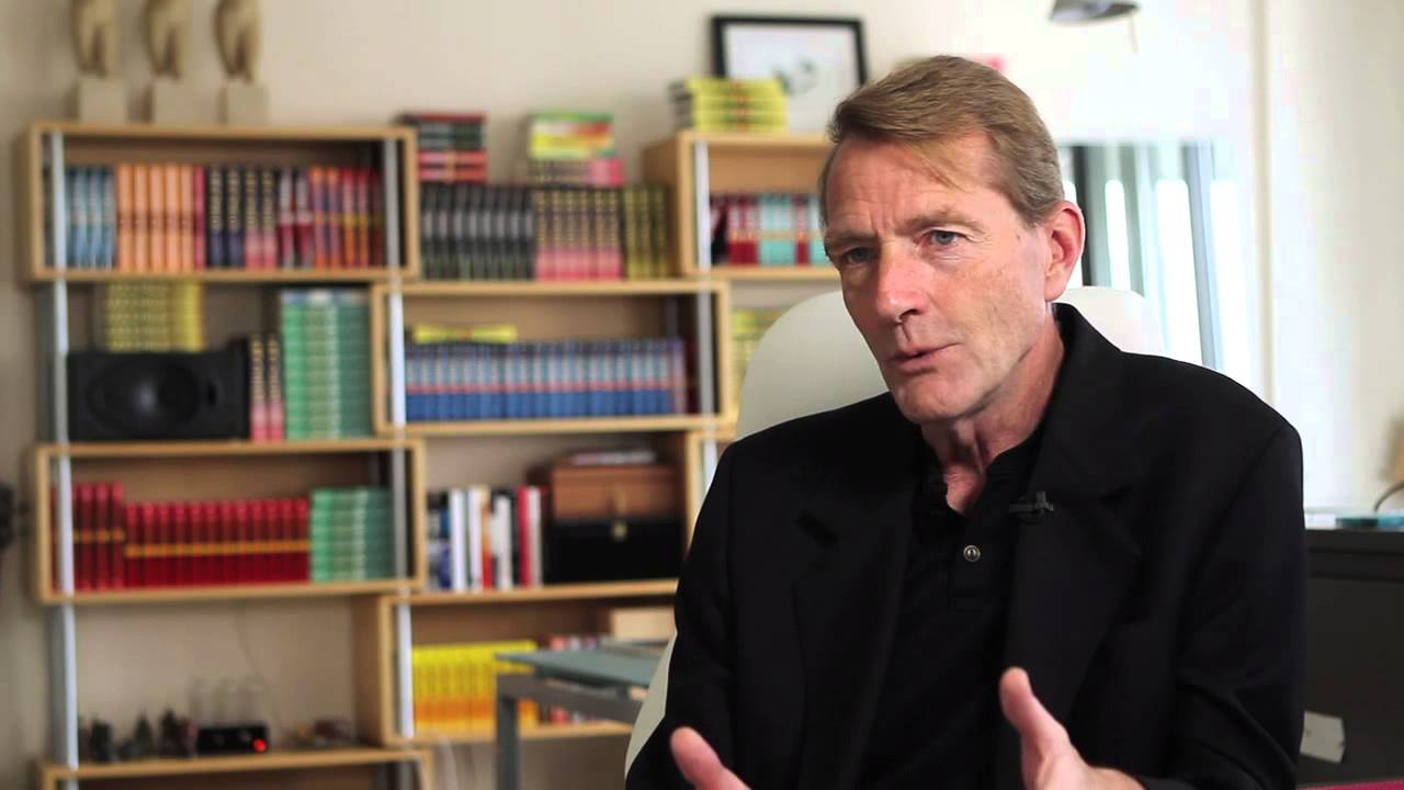 bestselling author lee child answers fan questions youtube. Black Bedroom Furniture Sets. Home Design Ideas