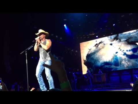 Kenny Chesney - Somewhere With You - Va Beach...