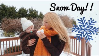 My baby's first snow day!! // TEEN MOM VLOGS