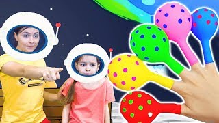 Finger Family Nursery Rhymes | Space Song by La La Time