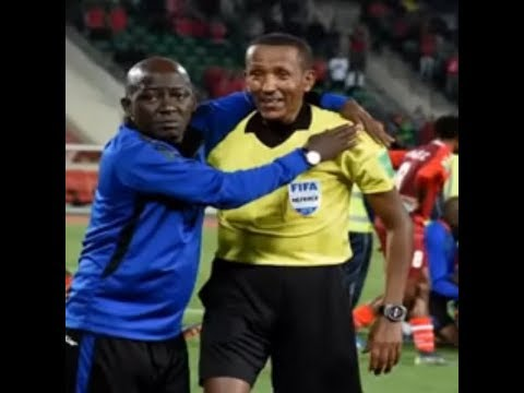a15fee178 Referee cries after Senegal goalkeeper suffers horrific double leg break  😭😭😭