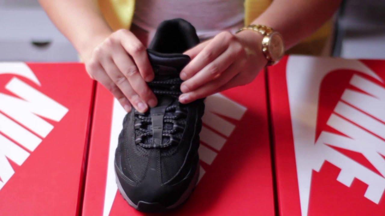 Nike Air Max 95 Noir Et Blanche
