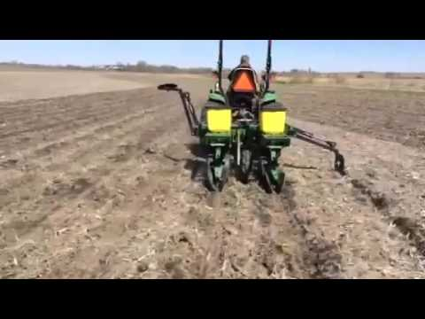 Hydraulic Markers For Plot Planters 2 Youtube