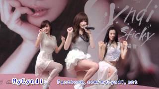 「HD」王心凌台北微風簽唱會110612(想你想你) thumbnail