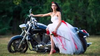 Свадебная фотосессия на байке