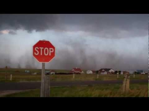 May 25, 2012 - Storm chasing in Loretta, KS