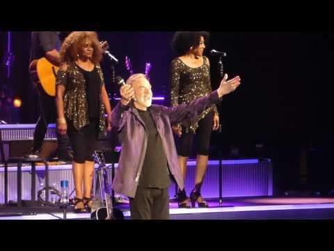 """Sweet Caroline & Cracklin Rose"" Neil Diamond@Royal Farms Arena Baltimore 6/9/17"