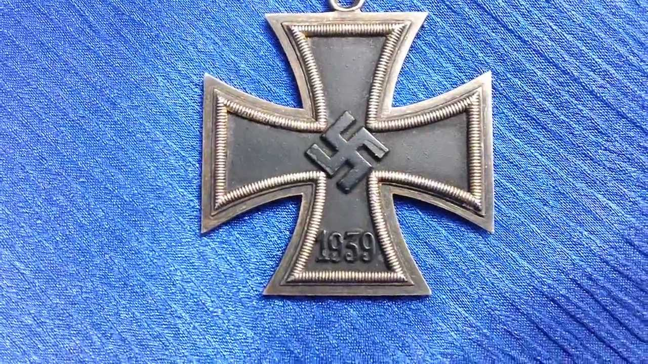 WW2 German Knights Cross - We Buy WW2 German Medals