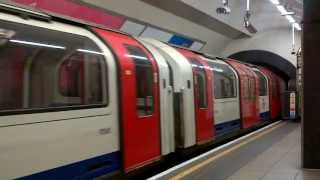 Central Line 1992 Stock departing Oxford Circus