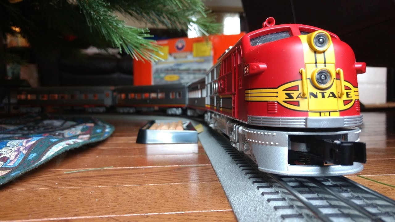 Lionel Trains Around the Christmas Tree - YouTube