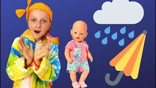 Pretend play with  dolls and kitten by Tawaki kids.Funny video for kids