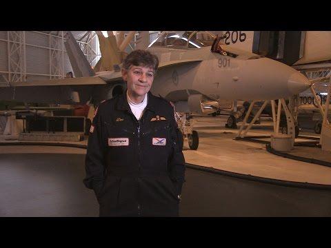 Dee Brasseur, première femme pilote de CF-18