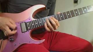 ライブではギターソロの出だしくってないんですね。ブルースの方のチャンネルを消して撮りました!
