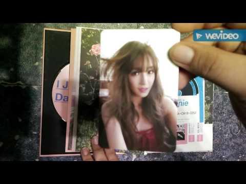 "[UNBOXING] Tiffany's 1st Mini Album ""I Just Wanna Dance"""