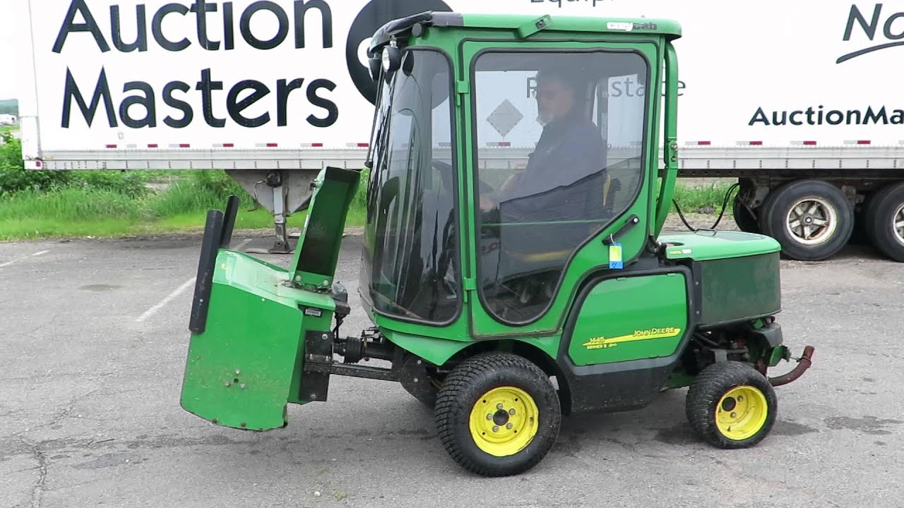 Lot 11 John Deere 1445 Series 2 4wd With 72 Quot Mower Deck