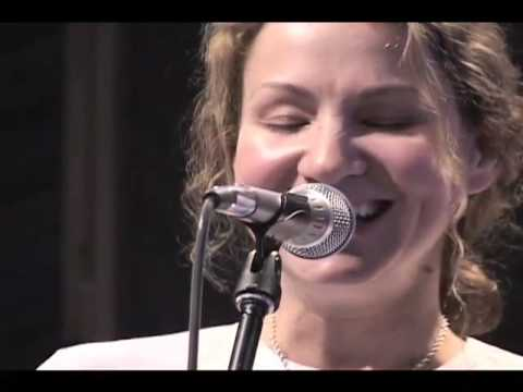 "Joan Osborne live at Here Arts Center- ""St. Theresa"""
