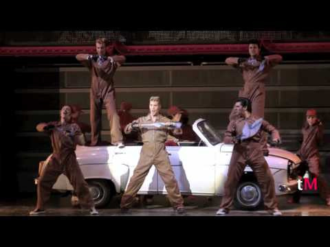 """Greased Lightnin'"" - GREASE, EL MUSICAL"