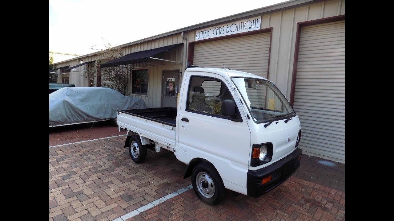 1991 Mitsubishi Minicab Truck 4WD 4 speed Manual All Original 44 000 miles