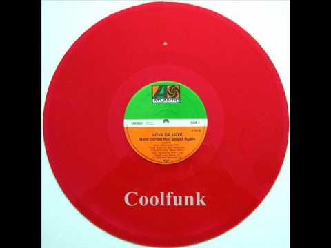 "Love De-Luxe - Here Comes That Sound Again (12"" Disco 1979)"
