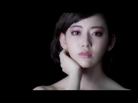 宮脇咲良出演「KATE」WEBムービー「絵画に隠されたヒミツ」