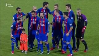 Афганський хлопчик приєднався до свого кумира Ліонеля Мессі на матчі