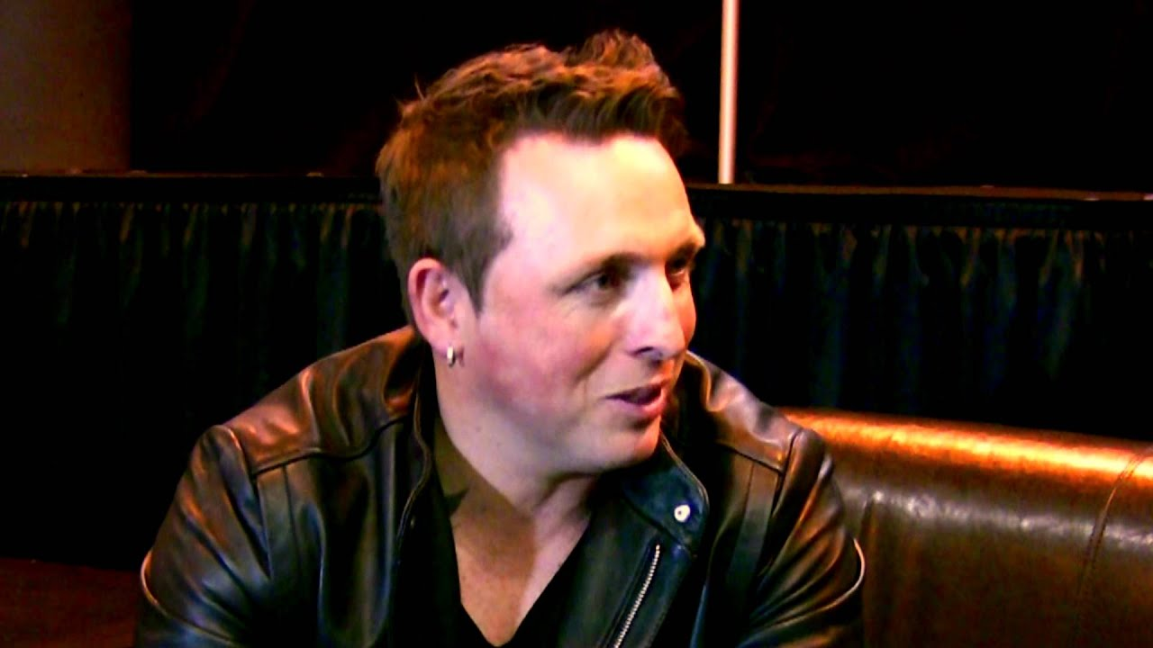 Mike on a Monday 60 - Johnny Reid FIRE IT UP Free Concert at ...