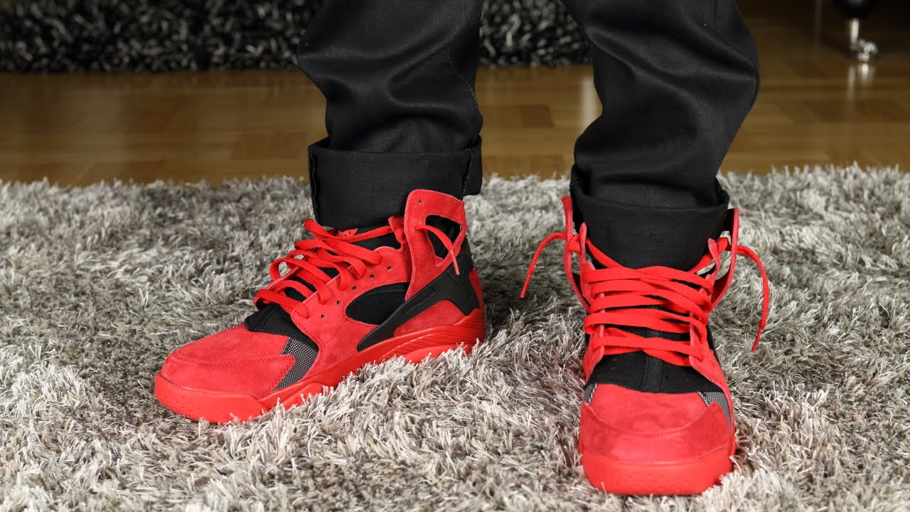 239fc2ef783 Nike Air Flight HUARACHE university-red on-feet - YouTube