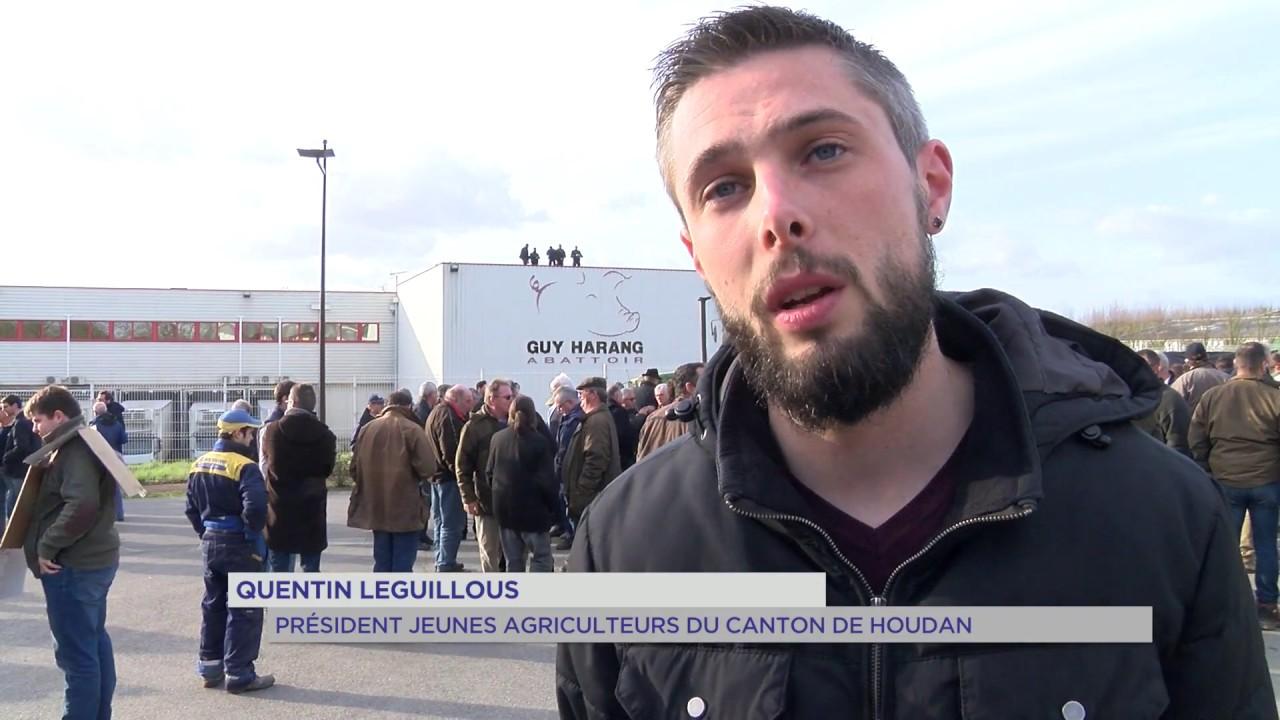 Houdan : double rassemblement devant l'abattoir