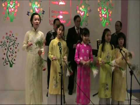 Mua Lan & Tet den roi - Ngu Long cong Chua.wmv