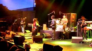 The Gladiators feat Droop Lion - Look is deceiving - Live a Nice (06/08/2014)
