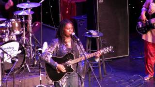 "Ruthie Foster LRBC 2010 ""Fruits Of My Labor"""