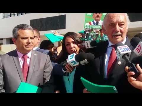 Marcha Verde pide someter a juicio político al presidente Danilo Medina