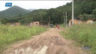 construções de loteamento clandestino são demolidas em florianópolis