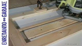 How to make the display cabinet door