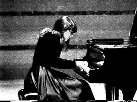 Natalia Trull plays Schubert-Liszt