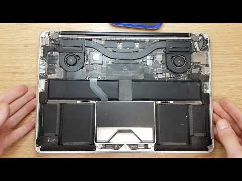 """Apple MacBook Pro A1425 13.3"""" Unplug Battery to prepare for cleaning. Datamarket Apple recover"""