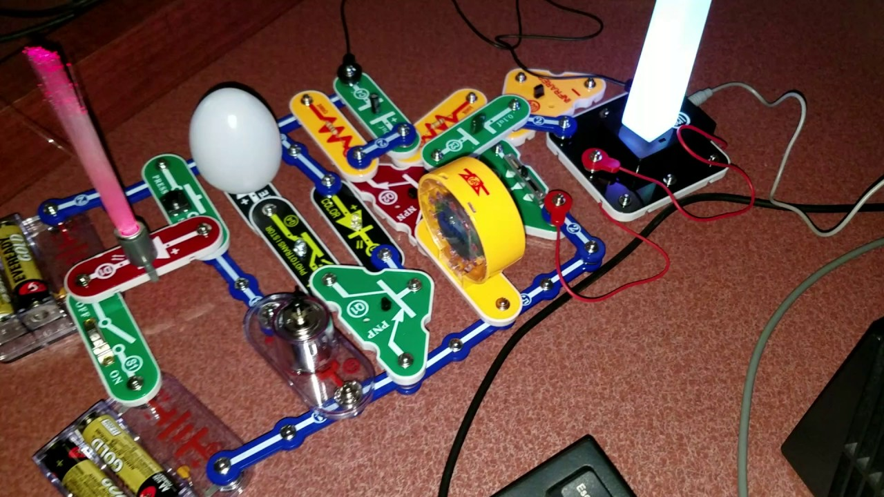 Snap Circuit Light And Sound Combo Youtube Circuits R Electronic Educational Toys