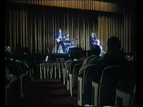 Gary Busey as Buddy Holly - Live at The Apollo