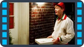 Доставка пиццы — «Один Дома» (1990) Сцена 6/11 QFHD