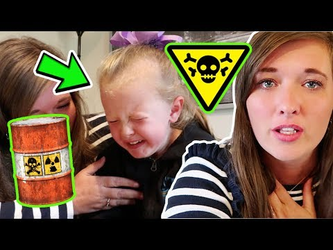 WHEN YOUR MUM MAKES YOU EAT TOXIC WASTE!!