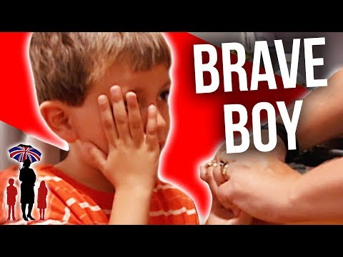 How To Explain To A Small Kid He Has Type 1 Diabetes | Supernanny