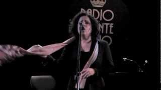 """ANTONELLA RUGGIERO: """"Stasera, che sera"""" live @ Blue Note"""