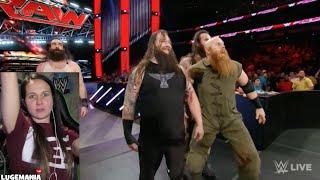 WWE Raw 1/11/16 Wyatts vs Social Outcast