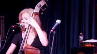 Nicki Parrott and the Les Paul Trio - I