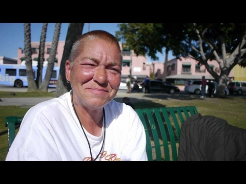 Because of the bad economy, Lisa could not find work. She is homeless in Santa Monica.