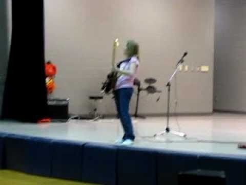 12 year old GIRL guitarist 'Hot For Teacher' - Talent Show